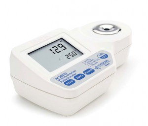 Hanna HI-96821 Refractometer for Food Industry Salt Measurements