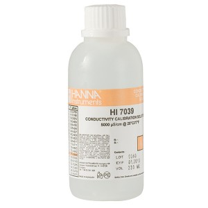 Hanna HI-7039M 5000µS/cm Conductivity Solution, 230mL bottle